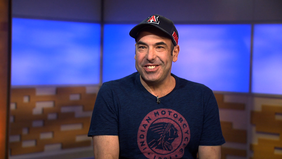 'Suits' Star Rick Hoffman Plays 'It's Your Line'