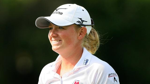Golf - Park's run ends as Lewis wins at St Andrews