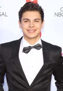 Jake T. Austin | Photo Credits: Michael Tran/FilmMagic/Getty Images