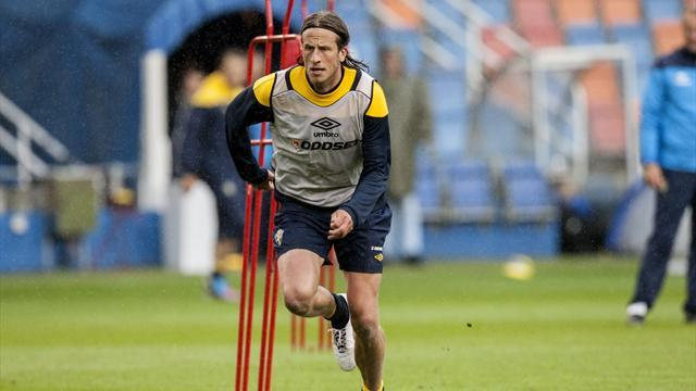 Euro 2012 - Olsson leaves Swedish camp for birth