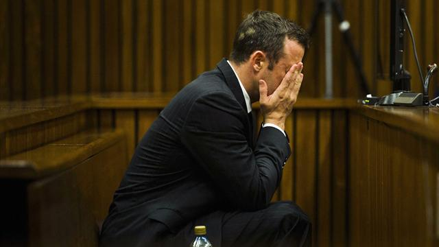 Pistorius case - Court sees graphic photos of Pistorius' home after shooting