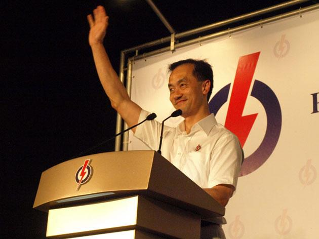 Speaking to a crowd of about 500, PAP's candidate for Punggol East promised to push for more facilities in the single member constituency.