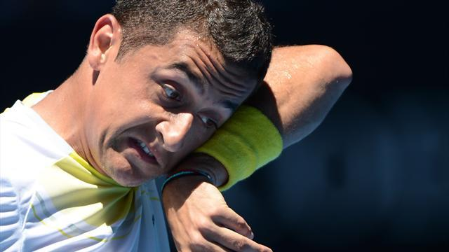Australian Open - Shoulder injury forces Almagro out of Australian Open