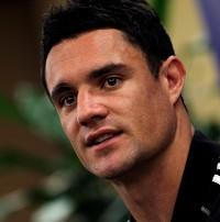 Dan Carter kicked 23 points to help put Crusaders in the Super 15 semi-finals