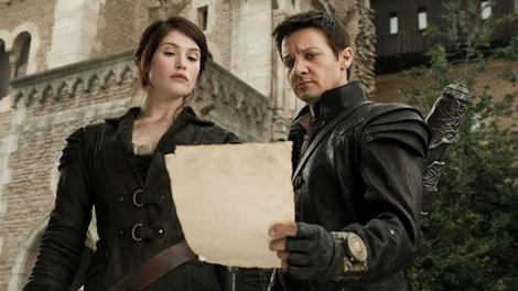 Gemma Arterton and Jeremy Renner in Hansel & Gretel: Witch Hunters