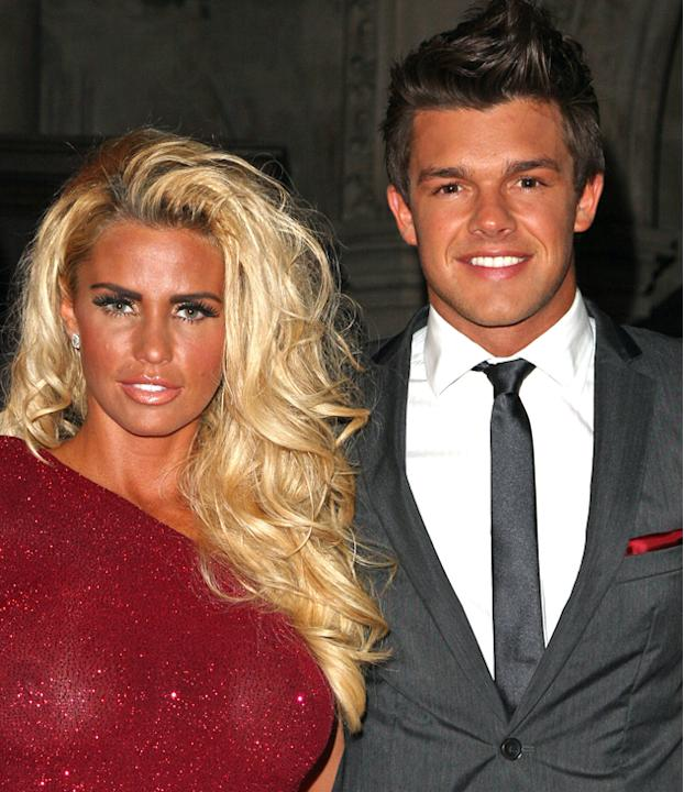 Katie Price photos: Katie Price has just announced her engagement to the ever-so-attractive Argentinean, Leandro Penna, we hope their love affair lasts longer than the others…