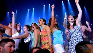 5 Benefits of SMS Marketing for NightClub Owners image nightclub party