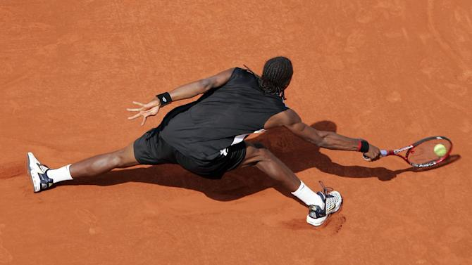 French Open - Monfils takes centre stage in Paris ahead of Nadal