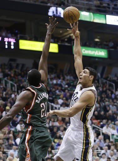 Utah big men lead Jazz to 100-86 win over Bucks