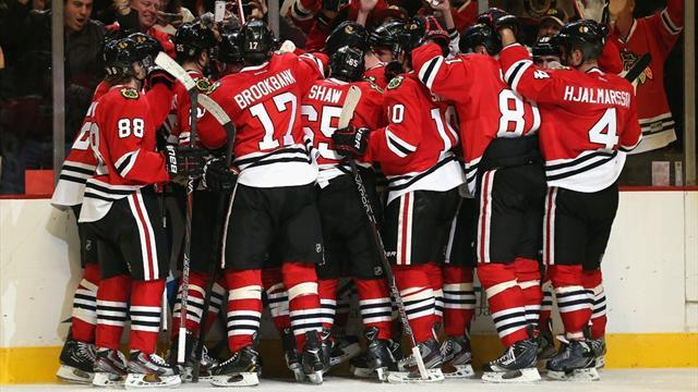 Ice Hockey - Amazing Blackhawks streak continues