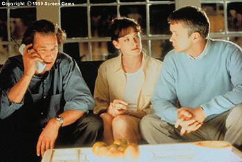 Jeff Bridges , Joan Cusack and Tim Robbins in Arlington Road