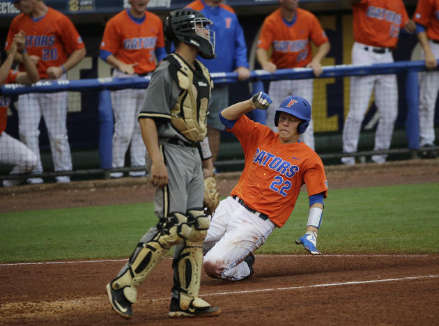 Florida tops Vandy 7-3 in weather-interrupted SEC title game