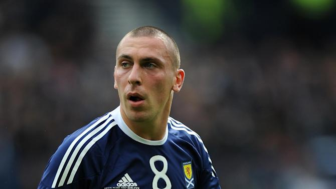 Scott Brown has given his backing to Scotland manager Craig Levein
