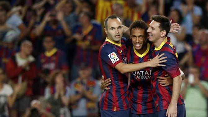 Liga - Iniesta misses Villarreal clash, Neymar returns