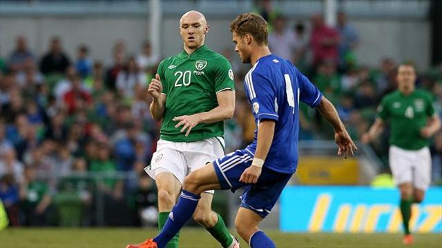 Football - Sammon welcomes Spain challenge