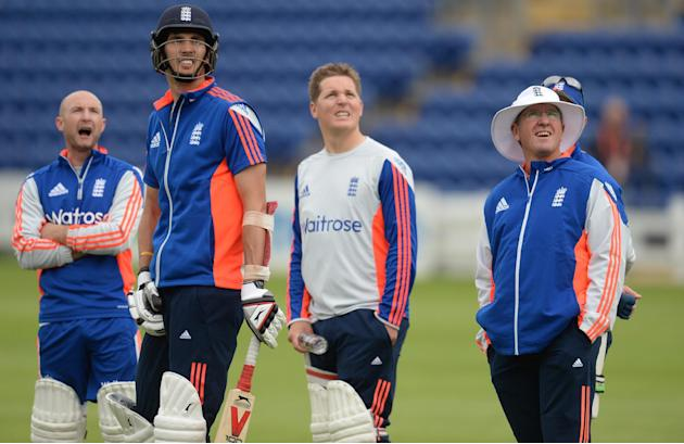 CRIC: England's Adam Lyth, Steven Finn, Gary Ballance and coach Trevor Bayliss during a training session