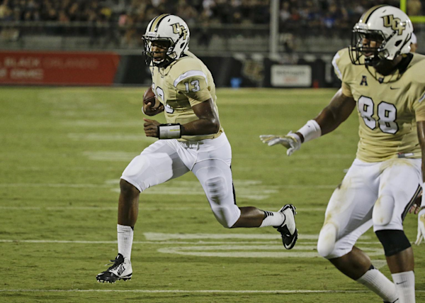 Scott Frost Nfl Stats >> UCF shows off new uniforms (Video)   Dr. Saturday - Yahoo Sports