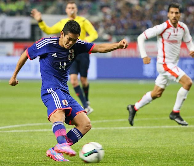 Japan's Yoshinori Muto during the friendly match against Tunisia on March 27, 2015