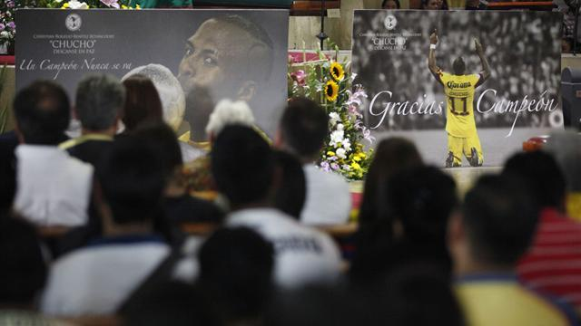 South American Football - President leads tributes to 'extraordinary human being' Benitez