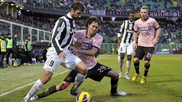 Serie A - Juventus secure win at Palermo to go five points clear