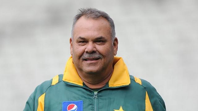Cricket - Pakistan look for new coaching team