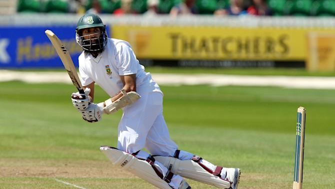 Hashim Amla will resume on 99 on Sunday morning