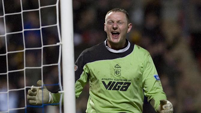 Rab Douglas kept a clean sheet on Dundee's return to the SPL