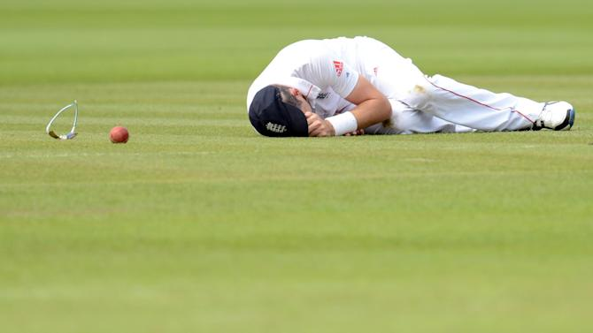 James Anderson put down AB de Villers at Lord's
