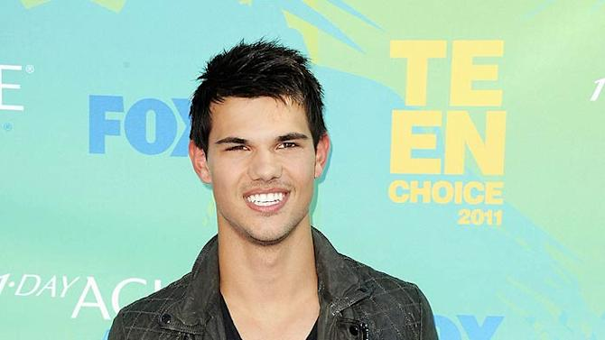 Taylor Lautner Teen Choice Awards