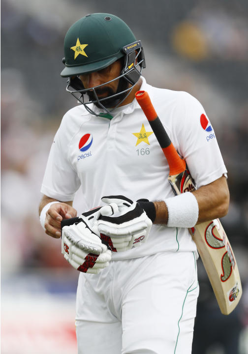 Pakistan's Misbah-ul-Haq looks dejected at lunch