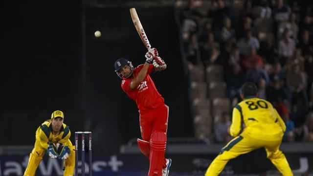 Cricket - Bopara signs for Sixers
