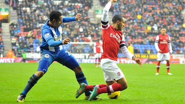 Premier League - Managers: Martinez questions 'clever' Walcott