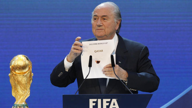 Blatter wants 2022 World Cup final no later than Dec. 18