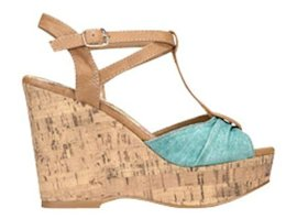 Linen Crescent Wedge shoe