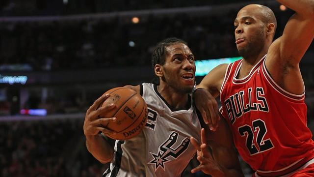 Basketball - Spurs top Bulls without injured trio
