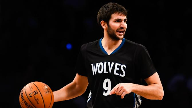NBA trade rumors: Timberwolves shopping Ricky Rubio; Kings have 'strong interest'