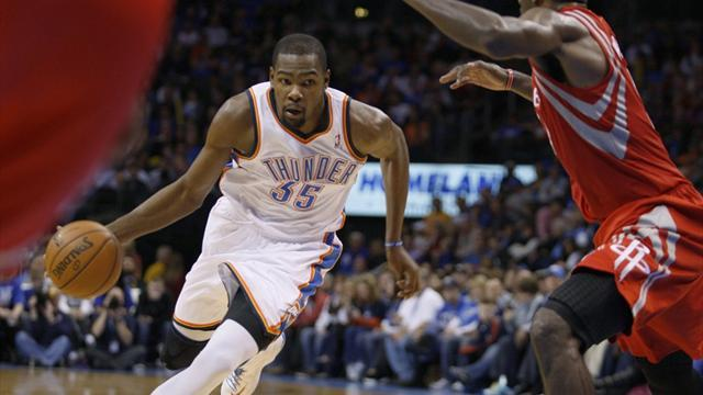 NBA - Durant nets 37 as Thunder blast Rockets