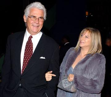 James Brolin and Barbra Streisand at the Los Angeles premiere of Universal Pictures' Meet the Fockers