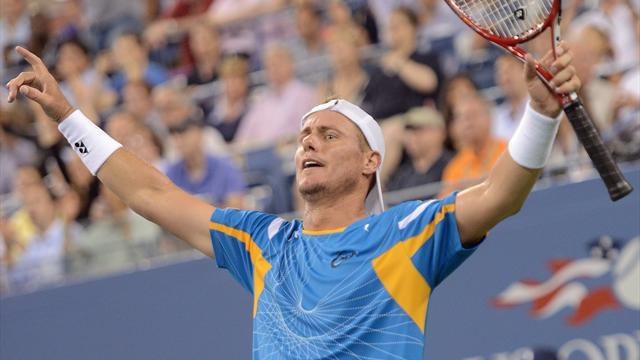 US Open - Hewitt marches on with four-set win