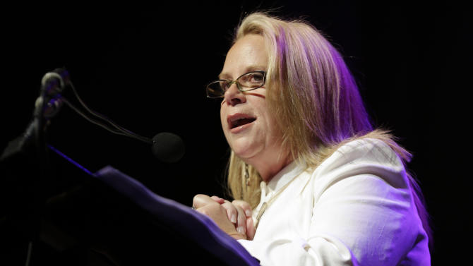 Mary Chapin Carpenter speaks during her induction into the Nashville Songwriters Hall of Fame on Sunday, Oct. 7, 2012, in Nashville, Tenn. (AP Photo/Mark Humphrey)