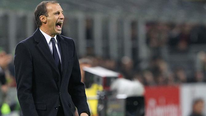 Juve Boss Allegri Claims AC Milan Players Influenced Ref to Disallow Goal in Defeat