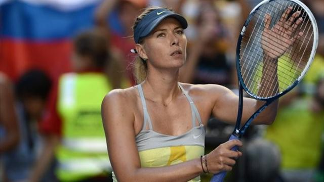 Australian Open - Sharapova crushes Venus, Ivanovic eases through