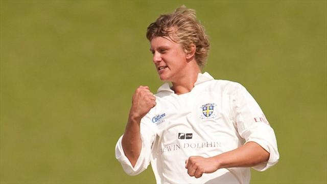County - Borthwick inspires Durham win over Surrey