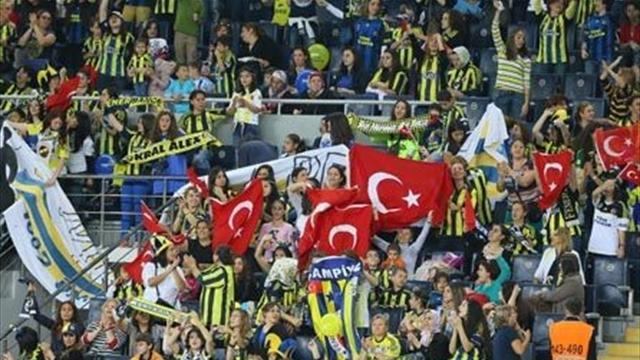 Champions League - Reprieved Fenerbahce to face Salzburg in qualifier