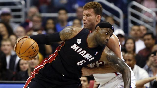 NBA - Paul's Clippers down Heat