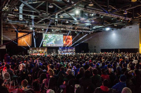 Dota 2 grows larger than World of Warcraft, but League of Legends still crushes both