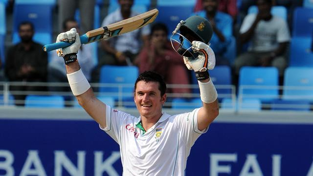 Cricket - South Africans celebrate Smith's landmark day