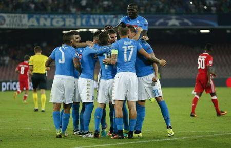 Napoli v Benfica - UEFA Champions League Group Stage