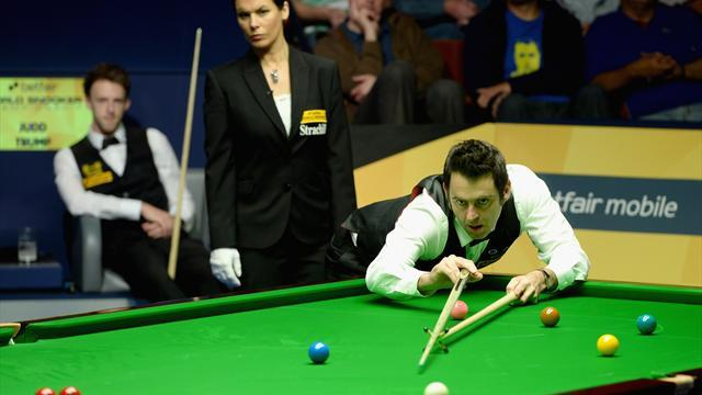 Snooker - O'Sullivan leads Trump despite 'obscene gesture' warning