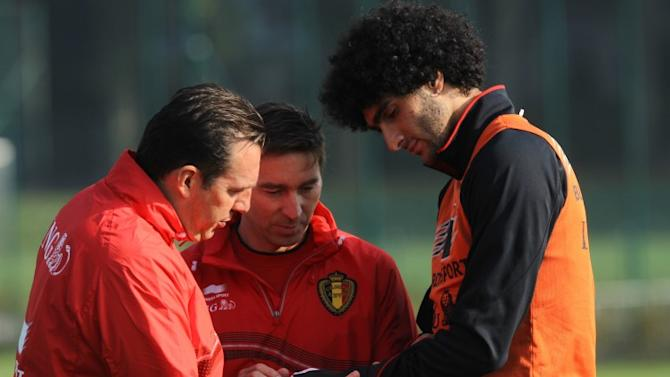 Marouane Fellaini to delay wrist surgery and play in a brace